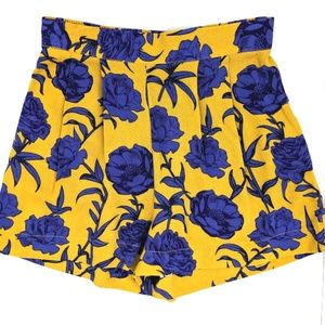 Romeo and Juliet Couture Pleated Floral Shorts
